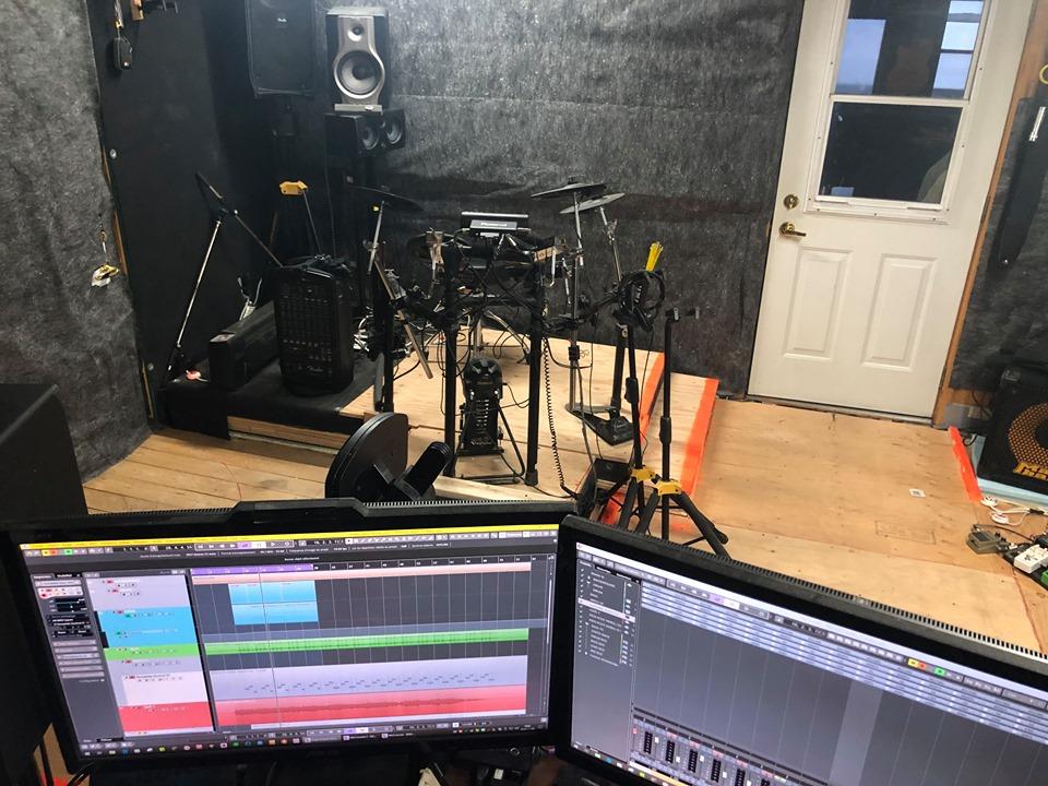 EN VIDÉO: du bureau … au studio