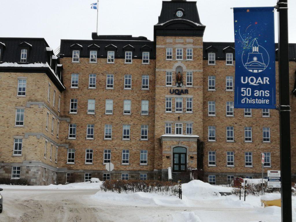Cours annulés à l'UQAR et dans les écoles