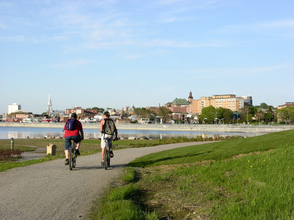 La Ville aménage la nouvelle piste cyclable