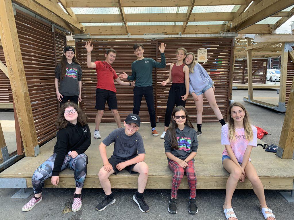 Des jeunes forment une coopérative pour travailler