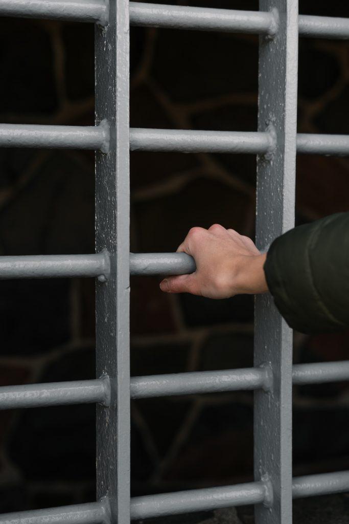 Le Bureau du coroner annonce la poursuite de l'enquête publique sur les suicides en milieu carcéral