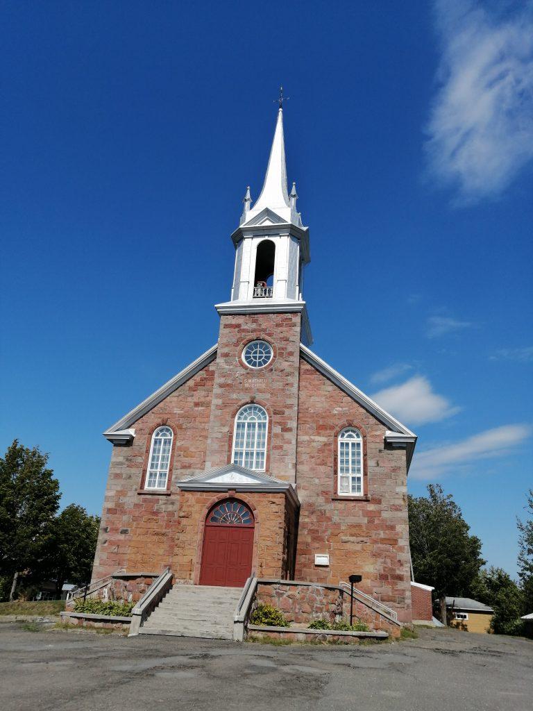 Seulement 37 % des citoyens décident de l'avenir de l'église de Saint-Mathieu