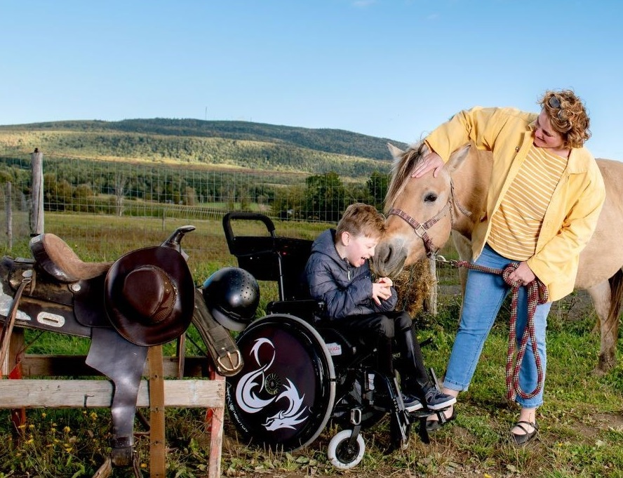 Colin Mittler et sa mère sont les Têtes d'affiche de La Ressource
