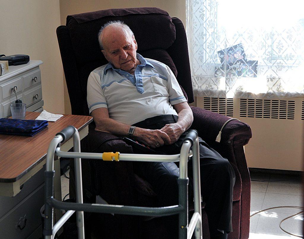 La CSN réclame plus d'équité pour les travailleurs en résidences pour aînés