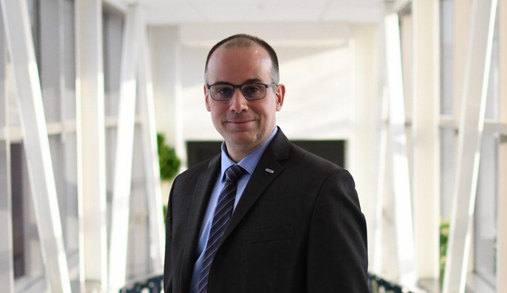 François Deschênes succède à Jean-Pierre Ouellet