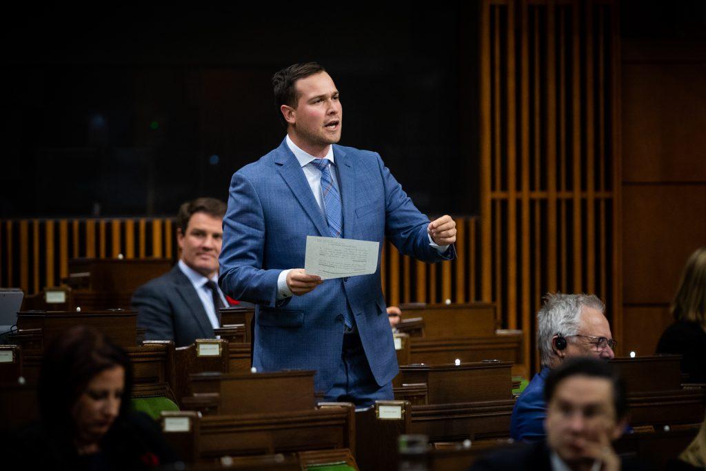 «Le gouvernement Trudeau agit en amateur »