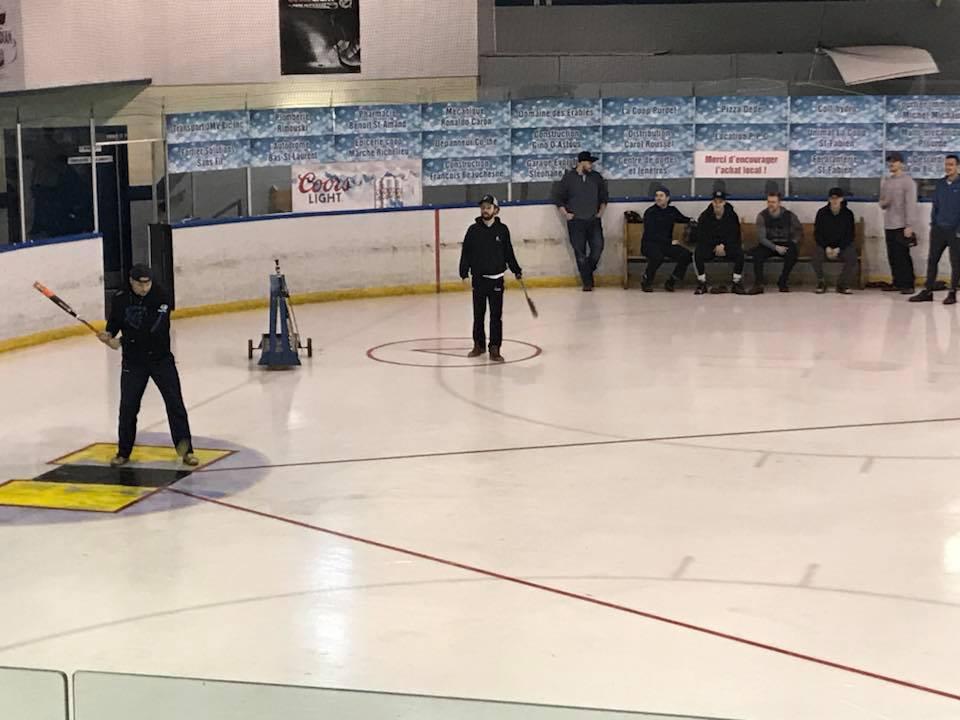 Partie remise pour le tournoi de balle donnée sur glace