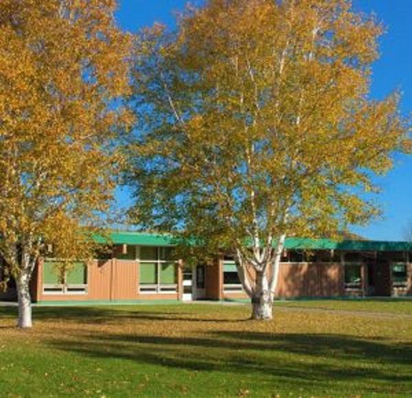 Enseignement à distance dans deux écoles de la Mitis