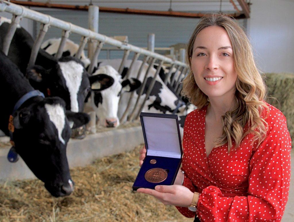 Une étudiante de l'ITA reçoit la Médaille du Lieutenant-gouverneur